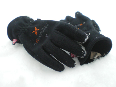 Sticky-Windy-Glove.jpg
